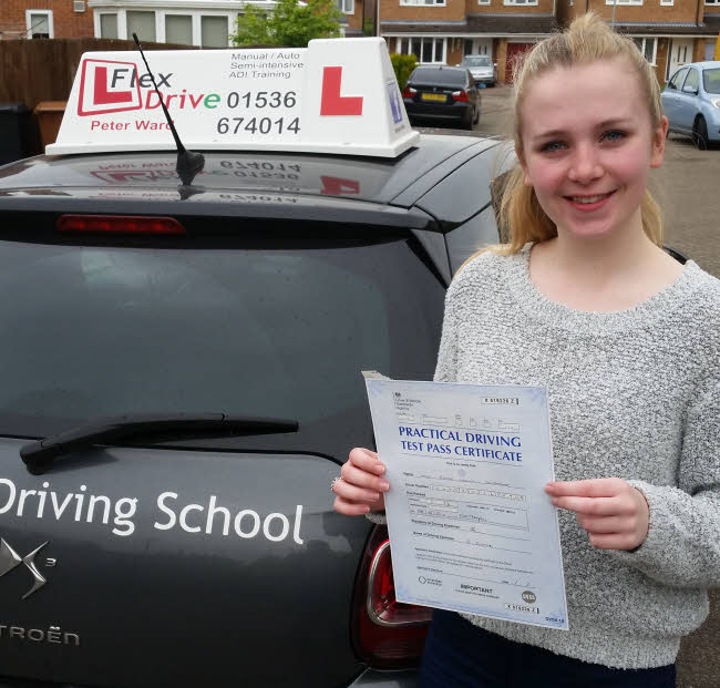 Eloise Southgate passes having taken driving lessons in Northampton with Flexdrive Driving School