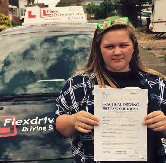 driving Lessons in Raunds | Lucie passed first time with only 2 driving Faults