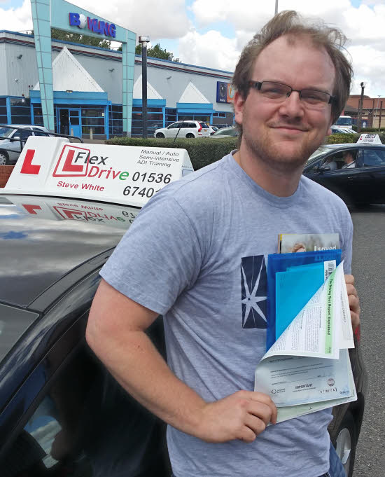 Driving Lessons Wellingborugh | frazer passed first time with Flexdrive driving school