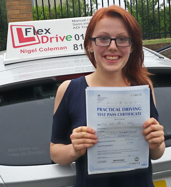 Driving Lessons Northampton | Sophie passed with only 1 driving fault having taken driving lessons with Flexdrive driving school