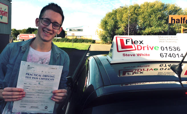 driving lessons in wellingborough | adam passes with 2 driving fauts with Flexdrive driving school