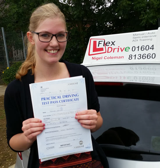 Driving Lessons rushden | Gemma passed 1st time with Flexdrive driving school