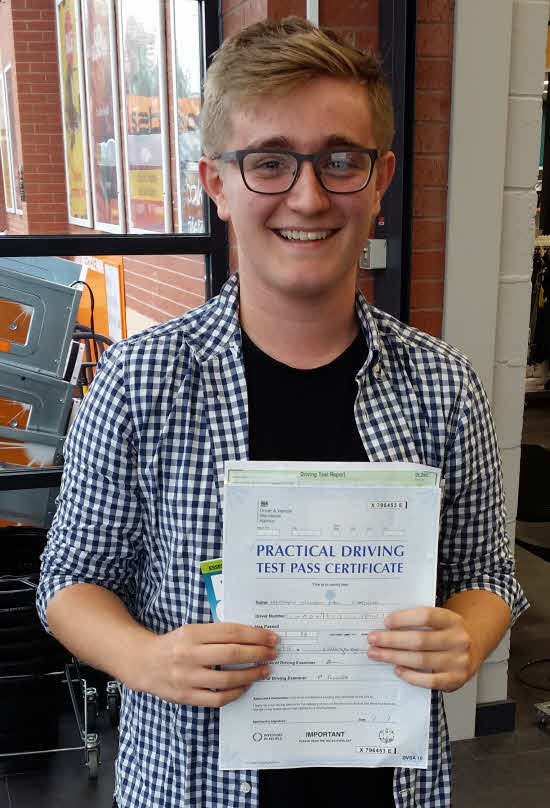 Driving Lessons in Earls Barton | Matt passed first time having taken driving lessons with Flexdrive Driving School