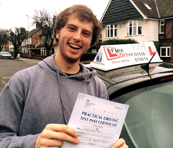 Flexdrive Driving School - Driving Lessons in Kettering | James passes with only 2 minors