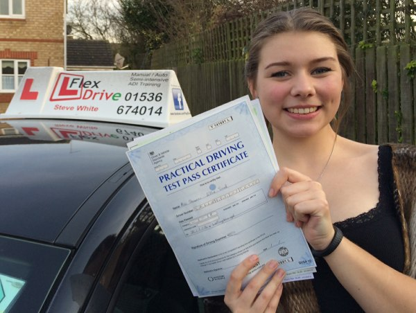 Driving lessons wellingborough | Shannon Smale passes first time with Flexdrive Driving School