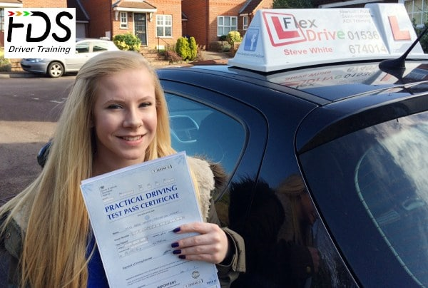 Driving Lessons in Kettering | Abbie passed 1st time with Flexdrive Driving School