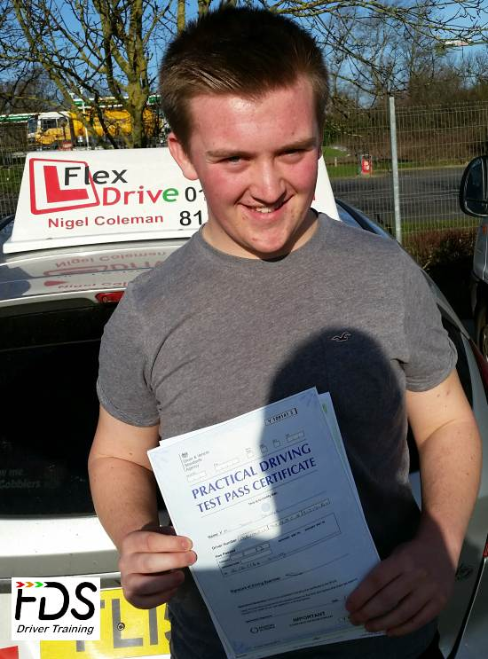 Driving Lessons Kettering | Kyle Draper passed first time with Flexdrive Driving School