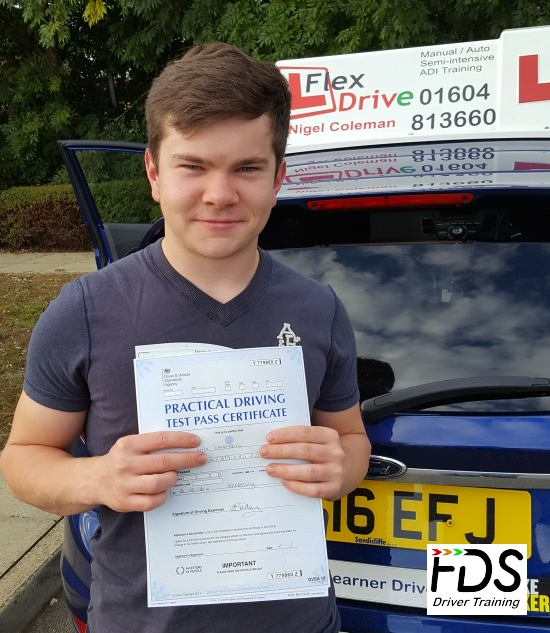 Driving Lessons in Kettering   Max passes with Flexdrive Driving School