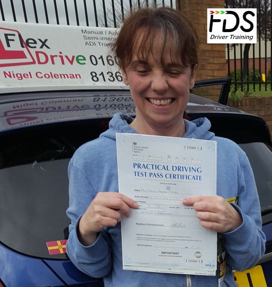 Driving Lessons in Northampton | Siobhan passes with Flexdrive Driving School