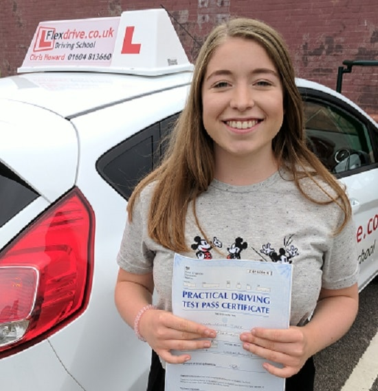 Driving Lessons in Wellingborough | Emma Passed 1st time with Flexdrive Driving School