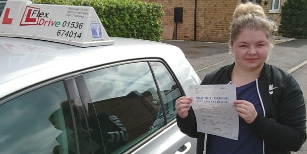 Automatic Driving Lessons in Corby | Ana passed 1st time with Flexdrive Driving School
