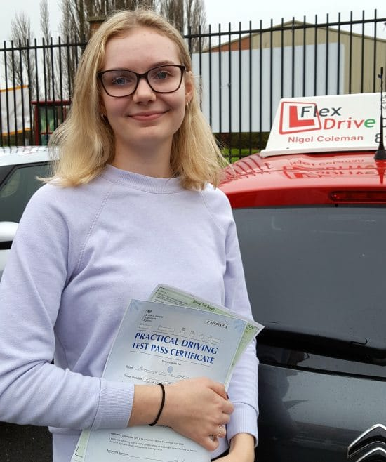 Driving Lessons in Northampton | Bethany passed 1st time with Flexdrive Diving School