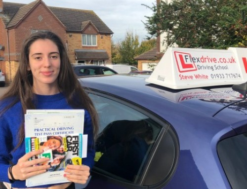 Aiyana Lawson Passes 1st time | 3 Driving Faults | Driving Lessons in Kettering and Wellingborough | 23-10-2018
