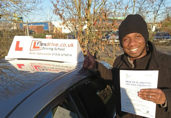 Automatic Driving Lessons in Kettering | Moussa passed 1st time with Flexdrive Driving School