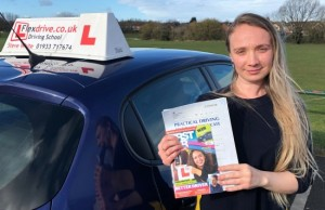 Driving Lessons in Wellingborough | Olesea passed with Flexdrive Driving School