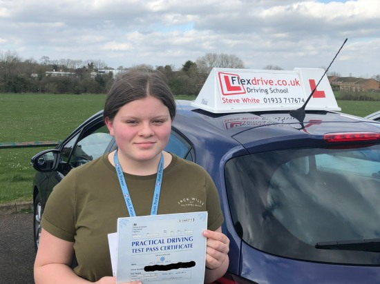 Driving Lessons Wellingborough | Emily passed 1st time with Flexdrive Driving School