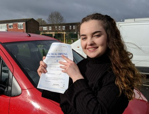 Martha Morris Passes 1st time | Automatic Driving lessons in Wellingborough | 14-03-2019