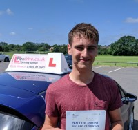 Driving Lessons in Wellingborough | Laurie passed 1t time with Flexdrive Driving School