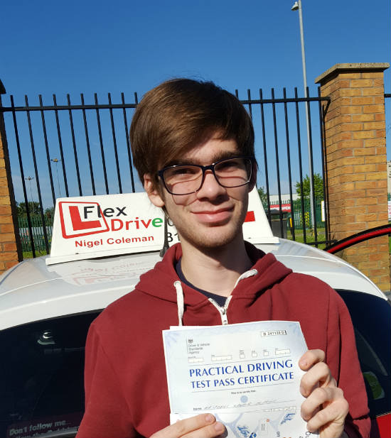 Driving Lessons in Wellingborough   James passed 1st time with Flexdrive driving Lessons