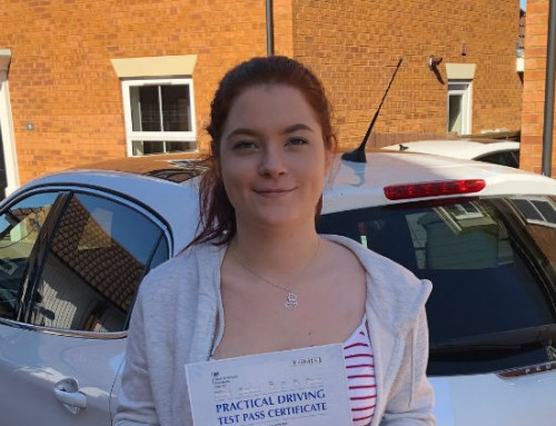Leah Quince Passes 1st time | 2 Driving Faults | Driving lessons in Wellingborough | 19-09-2019