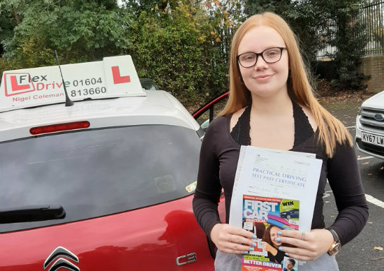 Driving Lessons Northampton | Hannah passed with Flexdrive Driving School