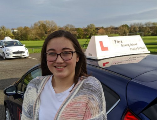 Melanie Bettles Passes 1st time | 1 Driving Fault | Driving lessons in Wellingborough | 12-11-2019