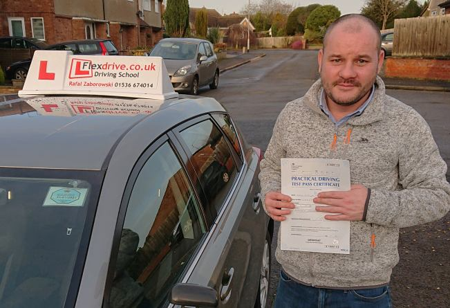 Automatic Driving Lessons in Kettering | Tommay passed with Flexdrive Driving School