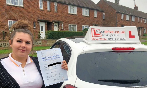 Driving Lessons in Kettering | Chloe passes 1st time with Flexdrive Driving School