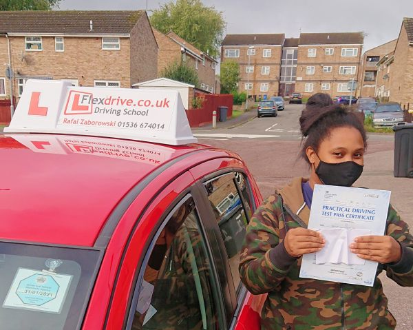 Automatic Driving Lessons in Kettering | Donna passed 1st time with Flexdrive Driving School