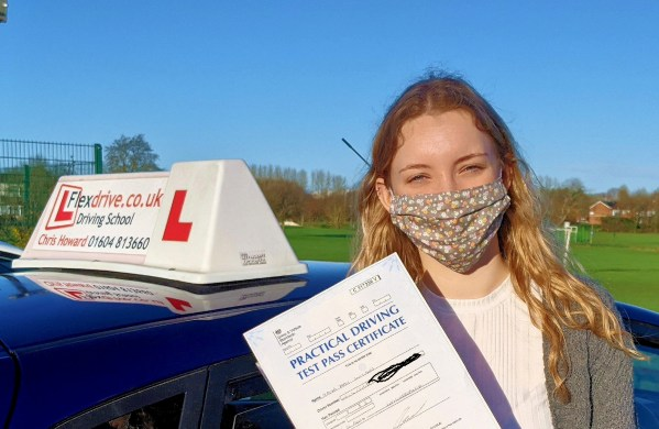 Driving Lessons in Wellingborough | Taya passed 1st time with Flexdrive Driving School