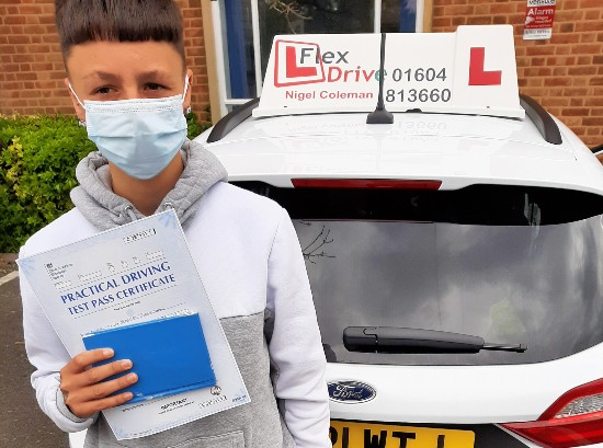 Driving Lessons in Northampton | Tiya passed 1st time with Flexdrive Driving School