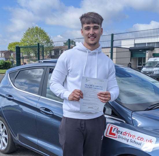 Driving Lessons in Wellingborough | Finn Carter passed with Flexdrive Driving School
