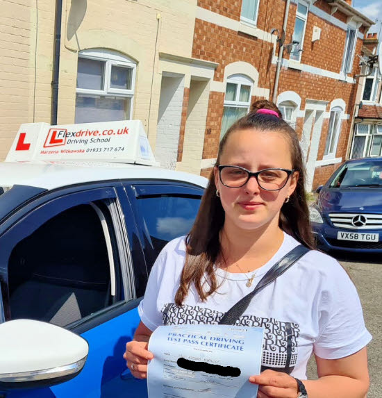 Driving Lessons in Kettering   Estera passed 1st time with Flexdrive Driving School