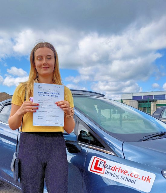 Driving Lessons in Wellingborough | Mia Springett passed 1st time with Flexdrive Driving School