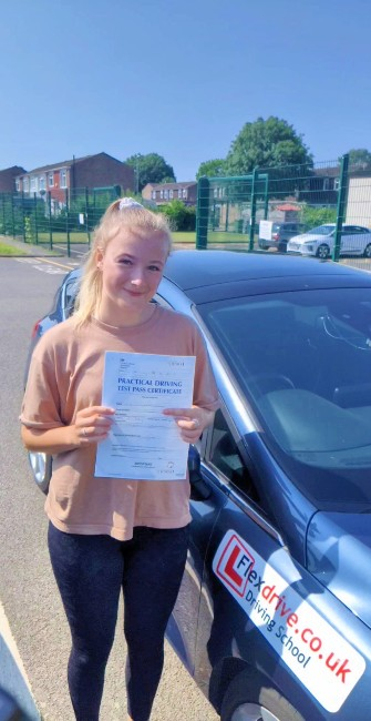 Driving Lessons in Wellingborough | Katie passed with Flexdrive Driving School