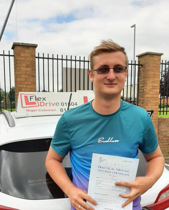 Driving Lessons in Northampton   Scott passed 1st time with Flexdrive Driving School